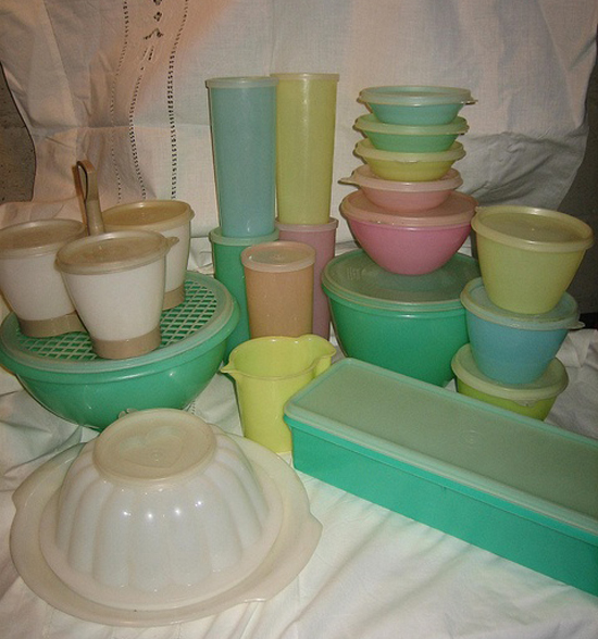 Beautiful coloured tupperware! So much love for these.